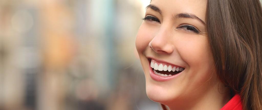 Obten la sonrisa que siempre deseaste